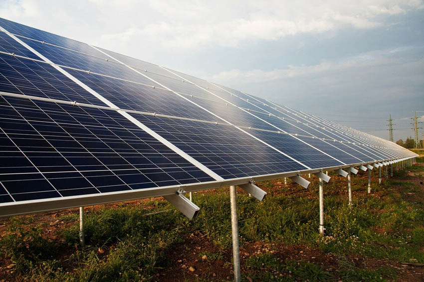 sevanje sončne elektrarne